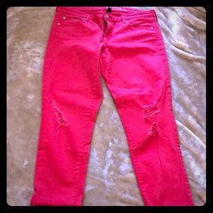Gap girlfriend jeans (distressed)